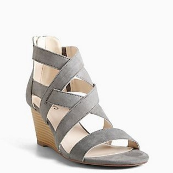 9bac25c00f2 Torrid 9W Gray Faux Suede Strappy Mini Wedges. M 5b87461ac2e9fe68c2857bad